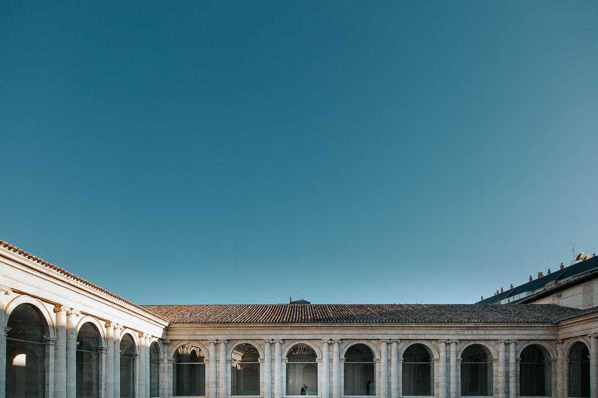 Boda en el Museo Patio Herreriano de Valladolid vídyka weloveyourlove Beatriz y Alfredo-51