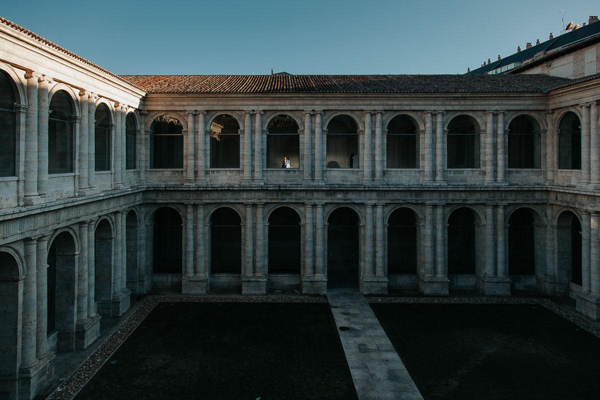 Boda en el Museo Patio Herreriano de Valladolid vídyka weloveyourlove Beatriz y Alfredo-53