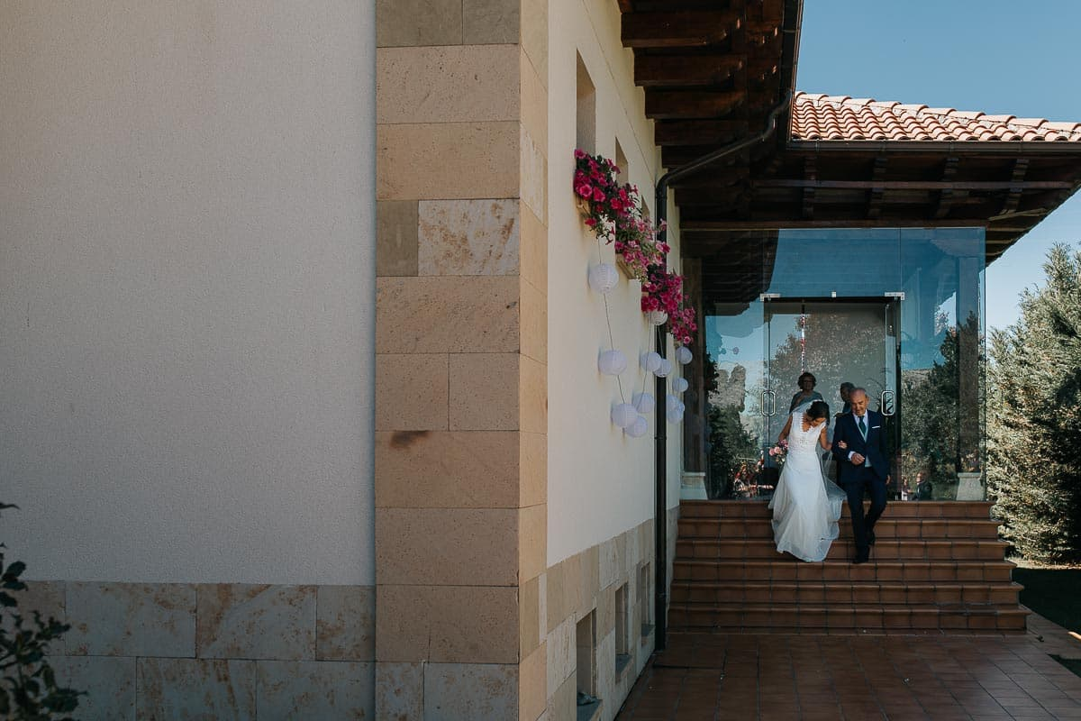 Boda en la montaña palentina Palencia Sara y Daniel-35