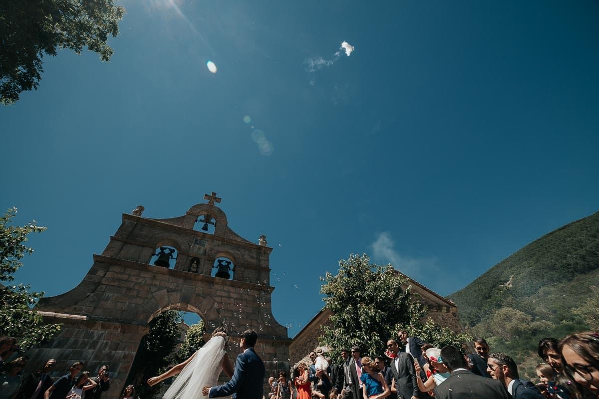 Boda en la montaña palentina Palencia Sara y Daniel-66