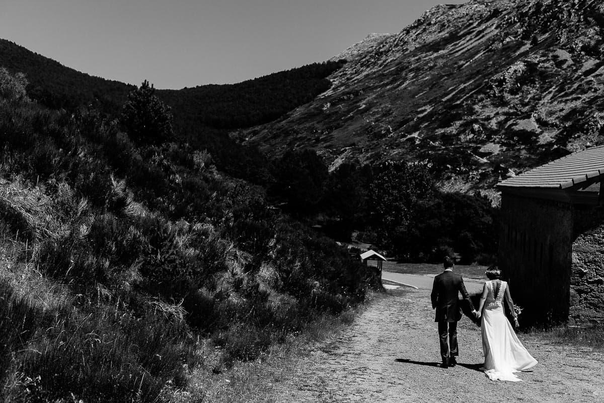 Boda en la montaña palentina Palencia Sara y Daniel-73