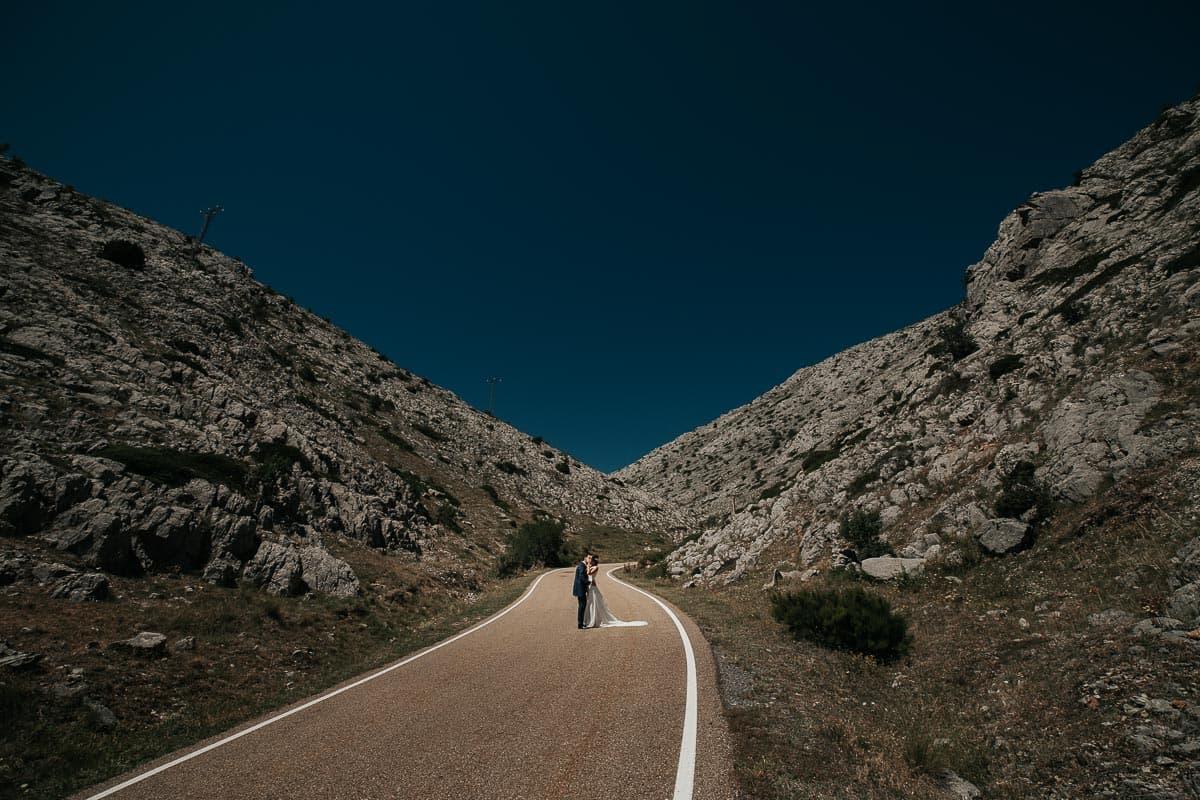 Boda en la montaña palentina Palencia Sara y Daniel-76