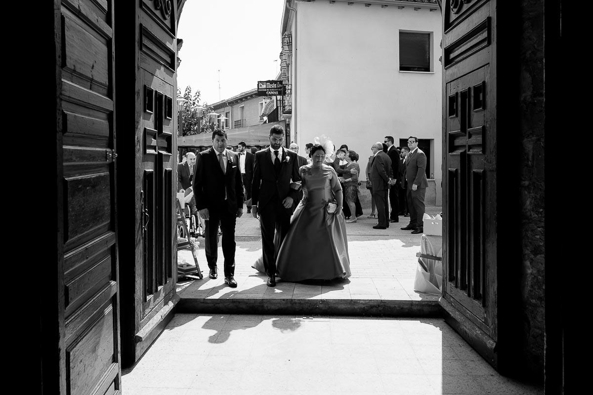 Fotógrafo de boda Valladolid boda en Villabrágima encinar del rey Mireya y Javier-36