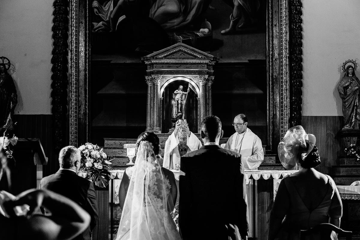 Fotógrafo de boda Valladolid boda en Villabrágima encinar del rey Mireya y Javier-51