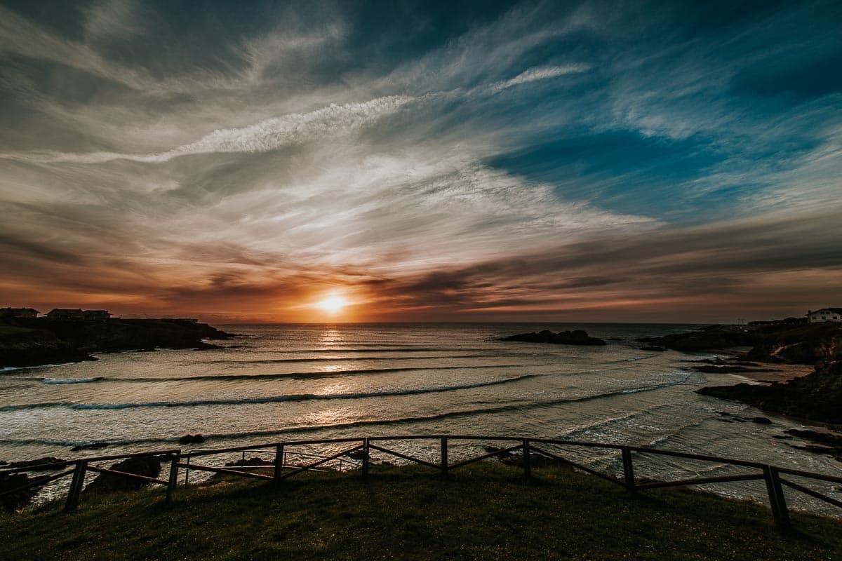 Preboda en Luarca Playa del Silencio Asturias Eva y Rubén-52
