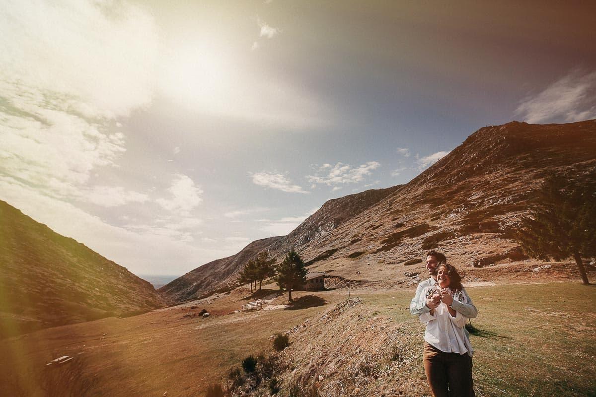 Preboda en la montaña de Palencia Velilla del río Carrión Sara y Daniel-16