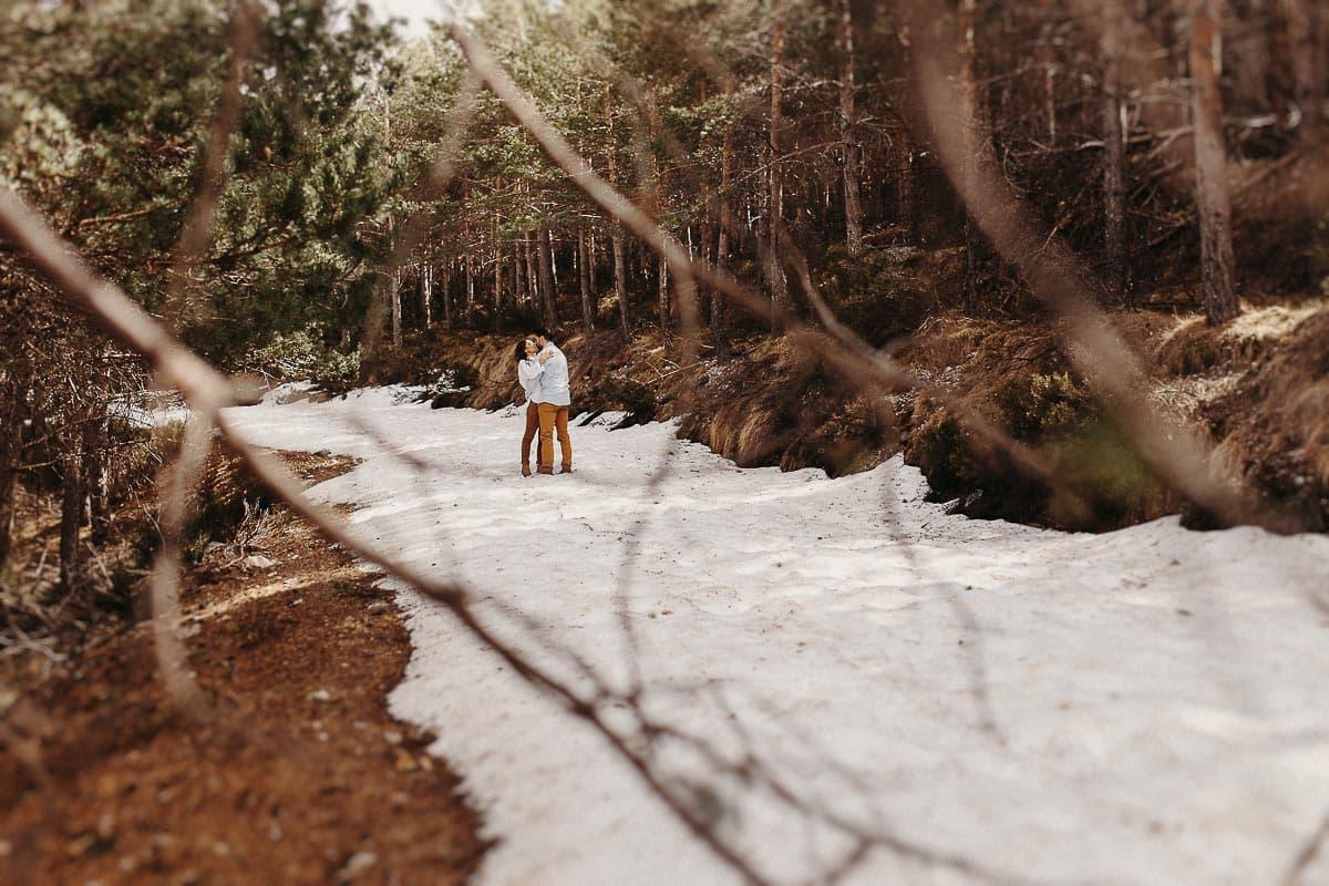 Preboda en la montaña de Palencia Velilla del río Carrión Sara y Daniel-31