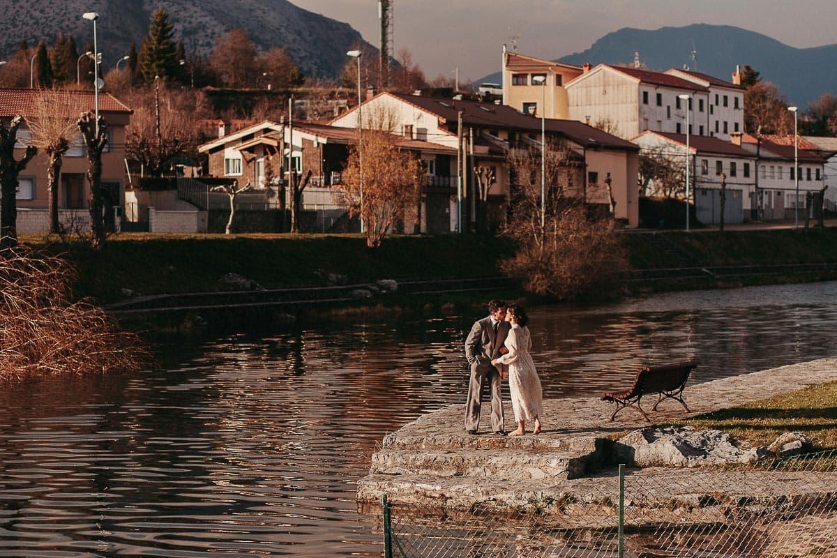Preboda en la montaña de Palencia Velilla del río Carrión Sara y Daniel-54