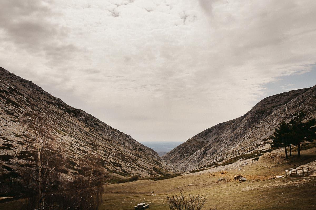 Preboda en la montaña de Palencia Velilla del río Carrión Sara y Daniel-6